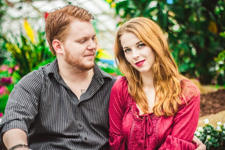 Portrait of a couple at botanical gardens